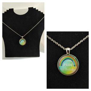 NWOT Pride necklace